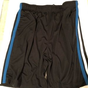 Men's active sports wear shorts good for occasions